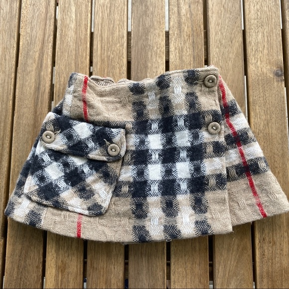Burberry Other - Skirt wrap 2T Burberry wool